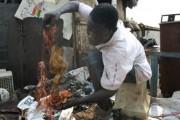 Sodom und Gomorrha in Ghana (Bild: Kupfer und Zink ist das Gold der Müllkippe)